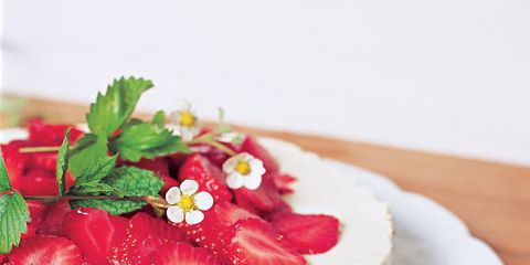 Food, Cake, Ingredient, Dessert, Sweetness, Cuisine, Fruit, Baked goods, Dish, Recipe,