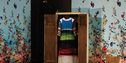 Room, Textile, Interior design, Flooring, Floor, Carpet, Interior design, Majorelle blue, Wallpaper, studio couch,
