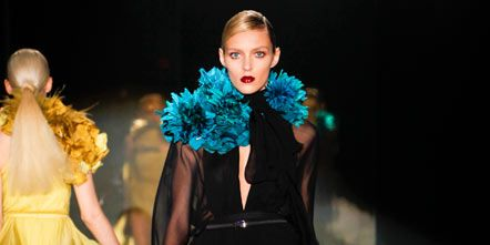 Clothing, Dress, Outerwear, Formal wear, Style, Costume design, Fashion model, Fashion, One-piece garment, Fashion show,