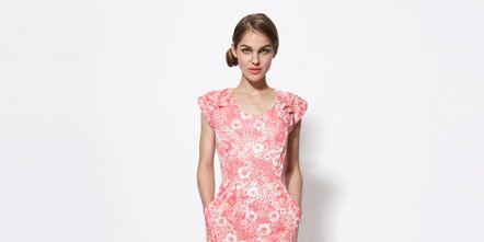 Sleeve, Shoulder, Dress, Joint, One-piece garment, Human leg, Pink, Style, Waist, Day dress,