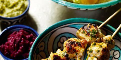 Finger food, Cuisine, Food, Brochette, Skewer, appetizer, Dish, Ingredient, Pincho, Condiment,