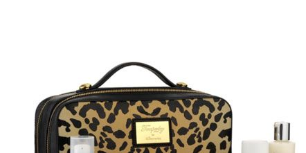 Product, Brown, Bag, Beauty, Tan, Khaki, Beige, Label, Luggage and bags, Cosmetics,