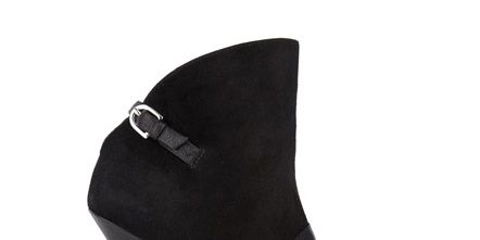 Footwear, High heels, Style, Sandal, Fashion, Black, Basic pump, Beige, Leather, Foot,