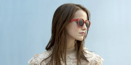 Eyewear, Glasses, Vision care, Hairstyle, Sleeve, Shoulder, Joint, Sunglasses, Beauty, Fashion,