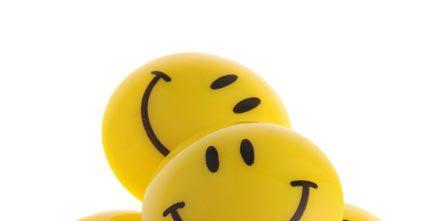 Emoticon, Smile, Yellow, Smiley, Organism, Happy, White, Facial expression, Line, Black,