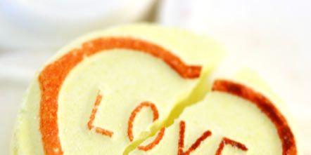 Food, Sweetness, Dessert, Ingredient, Finger food, Cuisine, Recipe, Icing, Baking, Snack,