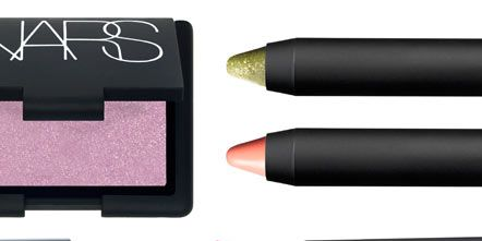Red, Pink, Colorfulness, Tints and shades, Magenta, Purple, Lipstick, Rectangle, Cosmetics, Violet,