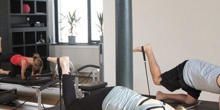 Arm, Leg, Human leg, Human body, Shoulder, Exercise equipment, Exercise, Elbow, Physical fitness, Joint,