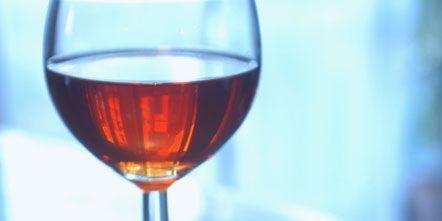 Fluid, Liquid, Stemware, Glass, Drink, Barware, Drinkware, Wine glass, Alcoholic beverage, Dessert wine,