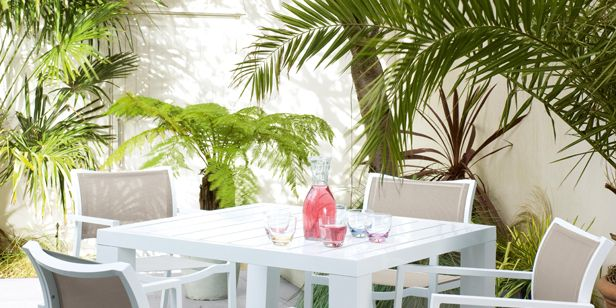 Dwell Launches New Garden Furniture