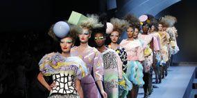 Fashion show, Textile, Runway, Style, Dress, Fashion model, Fashion, World, Waist, One-piece garment,