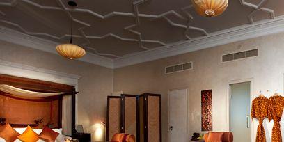 Wood, Lighting, Floor, Room, Bed, Interior design, Flooring, Hardwood, Property, Textile,