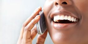 Finger, Skin, Tooth, Facial expression, Nail, Photography, Thumb, Laugh, Gesture, Gadget,