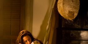 Human, Comfort, Sitting, Temple, Long hair, Scene, Bedding, Bed, Painting,