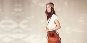 Brown, Product, Shoulder, Bag, Standing, Photograph, White, Style, Khaki, Fashion,