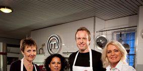 Smile, Apron, Social group, White, Uniform, Cook, Ceiling, Service, Chef, Employment,