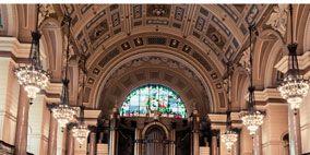 Architecture, Community, Arch, Glass, Vault, Hall, Arcade, Light fixture, Medieval architecture, Snapshot,