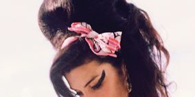 Ear, Lip, Hairstyle, Skin, Chin, Forehead, Eyebrow, Hair accessory, Style, Eyelash,