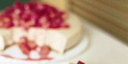 Food, Dishware, Serveware, Ingredient, Cuisine, Sweetness, Garnish, Culinary art, Dish, Dessert,