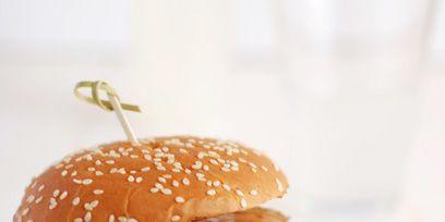 Food, Finger food, Green, Sandwich, Cuisine, Ingredient, Produce, Leaf vegetable, Vegetable, Bun,
