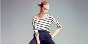 Leg, Product, Sleeve, Human leg, Human body, Shoe, Sitting, Shoulder, Standing, Textile,