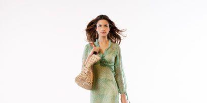 Wood, Sleeve, Dress, One-piece garment, Day dress, Fashion model, Street fashion, Waist, Long hair, Model,