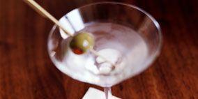 Fluid, Glass, Liquid, Drinkware, Drink, Stemware, Alcoholic beverage, Martini glass, Tableware, Barware,