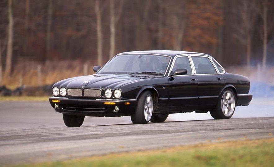 2000 Mercedes-Benz E55 AMG, BMW M5, and Jaguar XJR - Slide 4