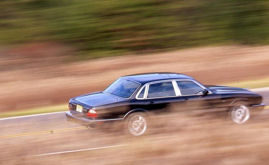 2000 Mercedes-Benz E55 AMG, BMW M5, and Jaguar XJR - Slide 5