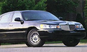 2000 Lincoln Town Car Cartier L