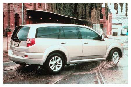 2002 Isuzu Axiom XS 4WD