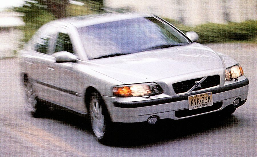 2002 Volvo S60 AWD Road Test | Review | Car and Driver