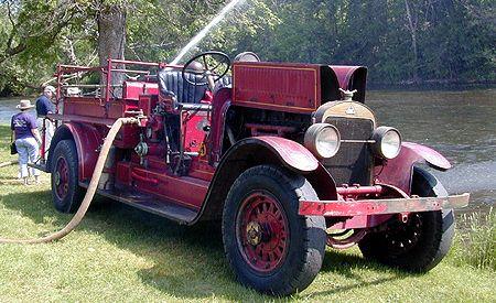1925 Stutz Fire Truck