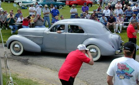1937 Cord 812 Custom Beverly sedan
