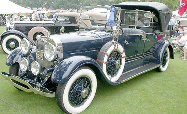 1927 Lincoln Model L Imperial Victoria