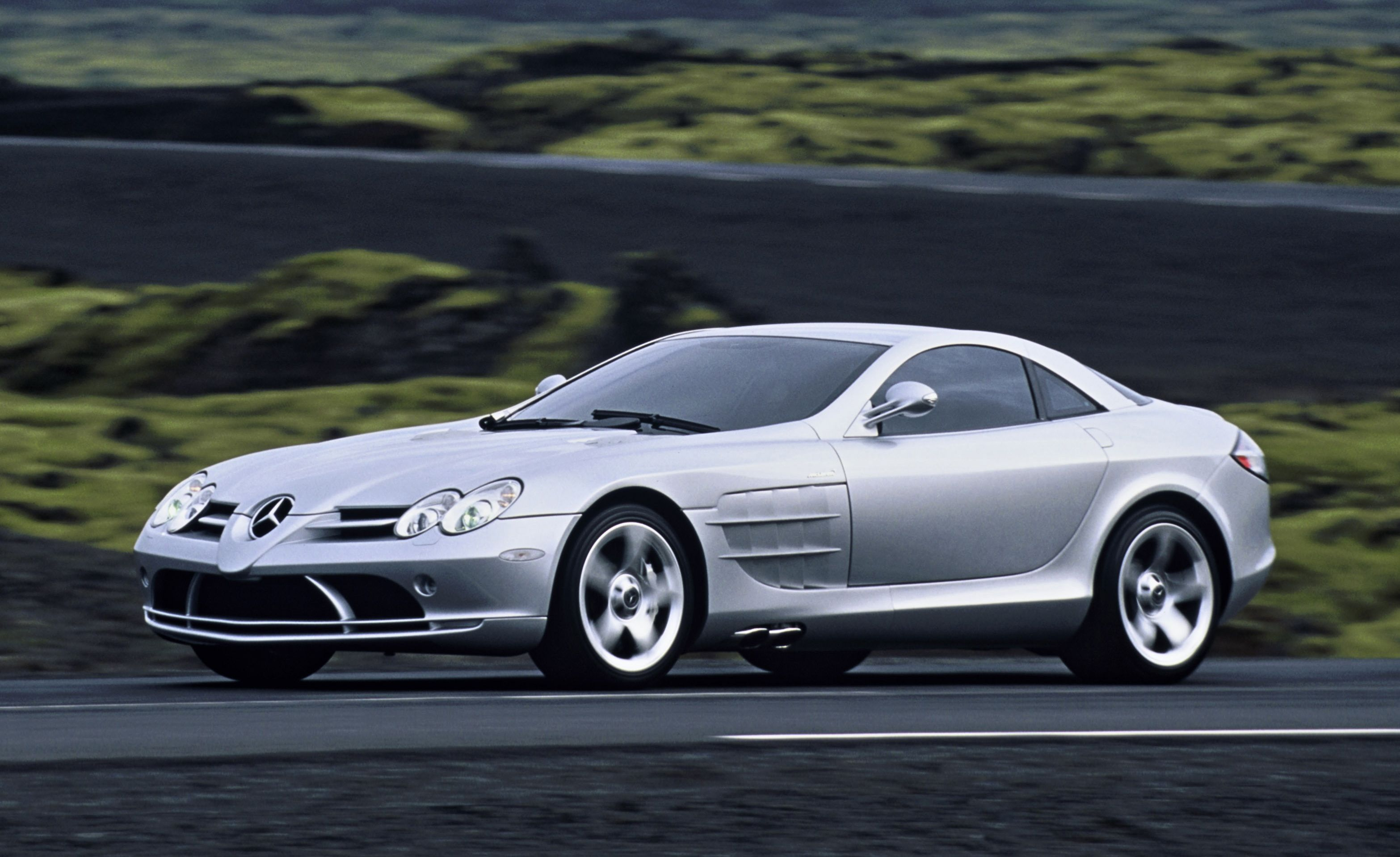 How Much Does It Cost >> Mercedes-Benz SLR McLaren