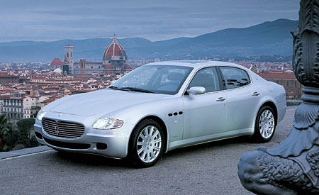 2005 maserati quattroporte first drive review reviews. Black Bedroom Furniture Sets. Home Design Ideas