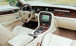 2004 Jaguar XJR