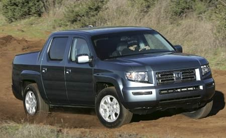 2005 Chevy Colorado vs 2005 Dodge Dakota 2006 Honda Ridgeline