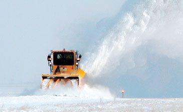 Oshkosh H-series High-Speed Snow Blower