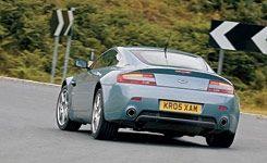 Aston Martin V-8 Vantage