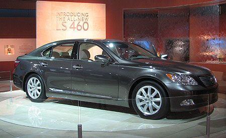 2007 Lexus LS460 and LS460L