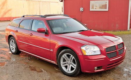 2005 Dodge Magnum RT  Longterm Road Test  Reviews  Car and Driver