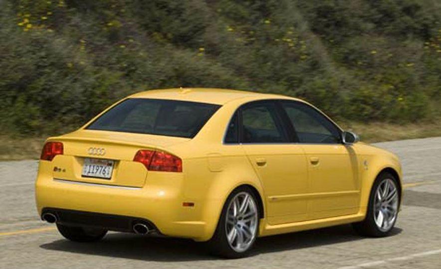 2007 Audi RS 4 Quattro - Slide 4