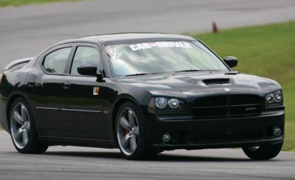 ll2 dodge charger srt8 feature features car and driver. Black Bedroom Furniture Sets. Home Design Ideas