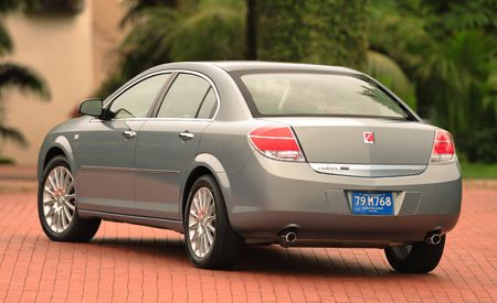 Saturn Aura Review >> 2007 Saturn Aura Xe First Drive Review Car And Driver