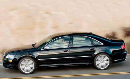 Performance And Interior - 2007 audi s8