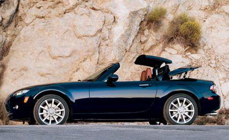 2007 Mazda MX5 Power Retractable Hardtop Grand Touring  Short