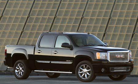 GM Trims Pickup Production Again