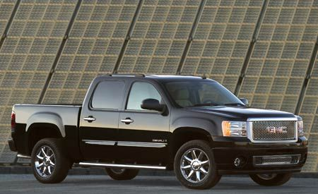 GM Trims Pickup Production Again